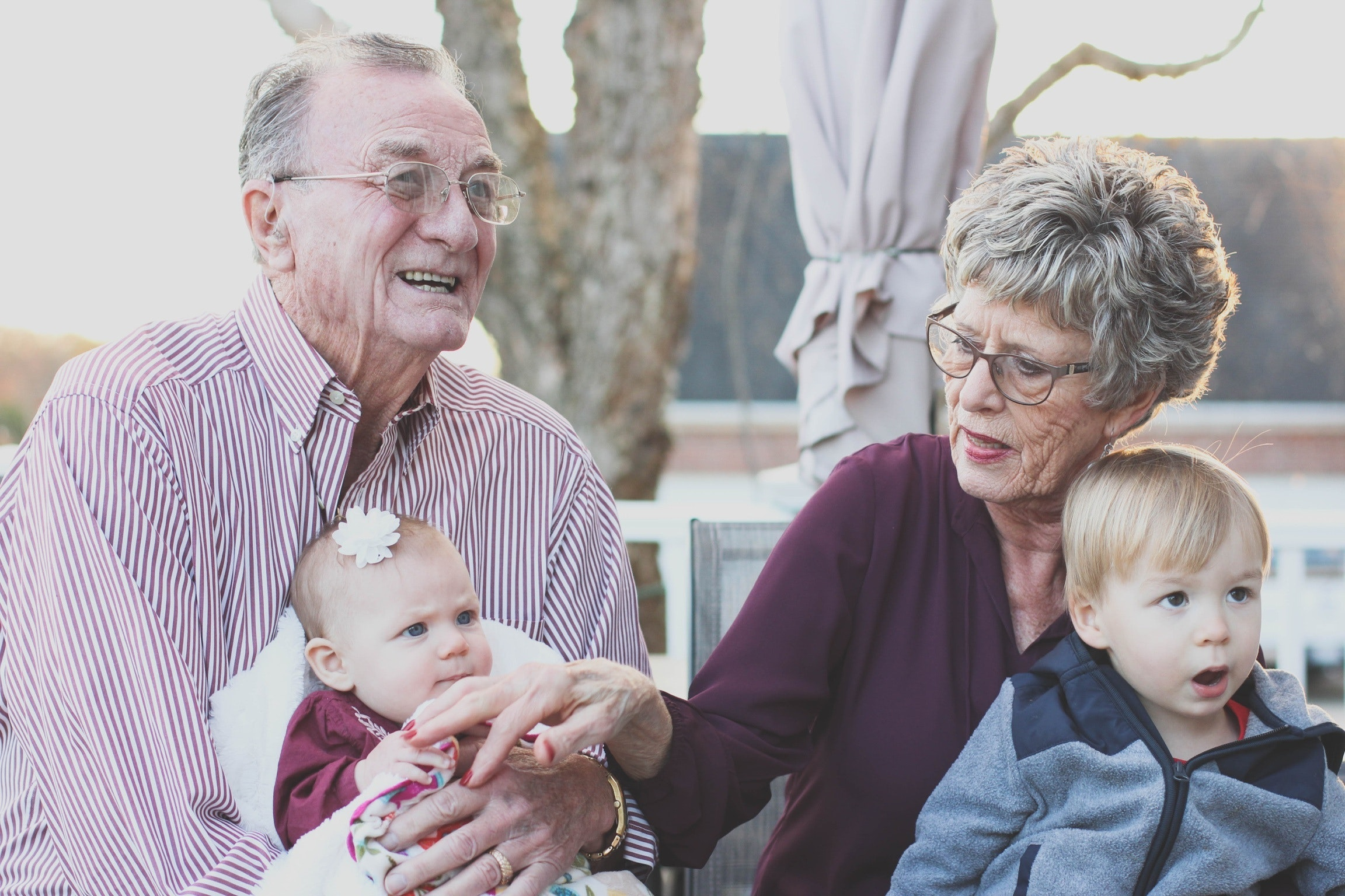 4 ways to help your grandchildren financially